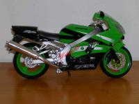 0776 - NEW RAY - KAWASAKI ZX-9R NINJA