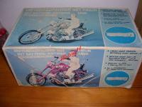 1324 - BOITE MOTO ALLEMANDE