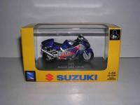 8840 - NEW-RAY - SUZUKI GSX 1300 R